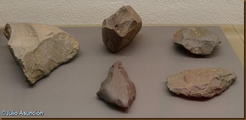 Los útiles humanos más antiguos de Navarra - Piezas líticas de Cordovilla - Galar - Museo de Navarra