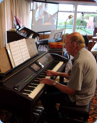 Colin Crann played the Clavinova for us.