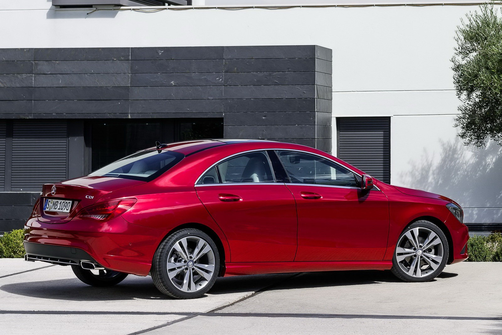 Image Gallery 2010 Mercedes Cla