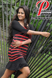 Dilhani Perera sexy legs
