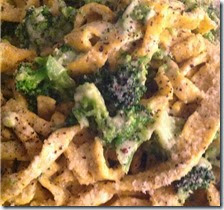 Tagliatelle al papavero con broccoletti al formaggio