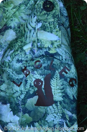 Moderne kamuflasje-jakke med digitalprint