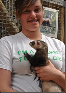 Victoria with Ferret DSC_1528