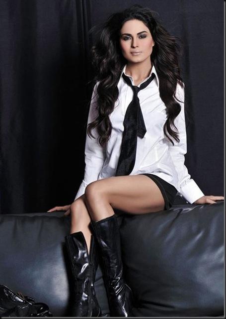Veena-Malik-FHM-Magazine-Photo-Shoot---Hot-Photos-1760