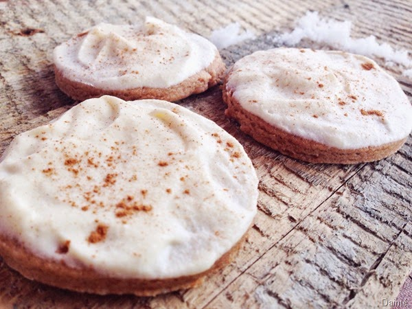 cinnamon cookies holiday cream spela seserko