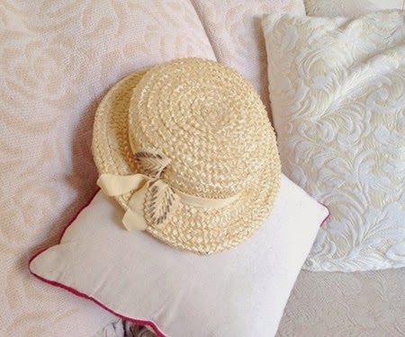 Vintage straw boater hat for the 40s fashion challenge   Lavender & Twill