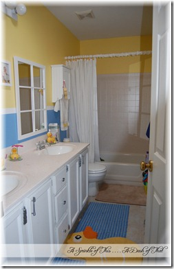 Kids Duck Bathroom 2 {A Sprinkle of This . . . . A Dash of That}