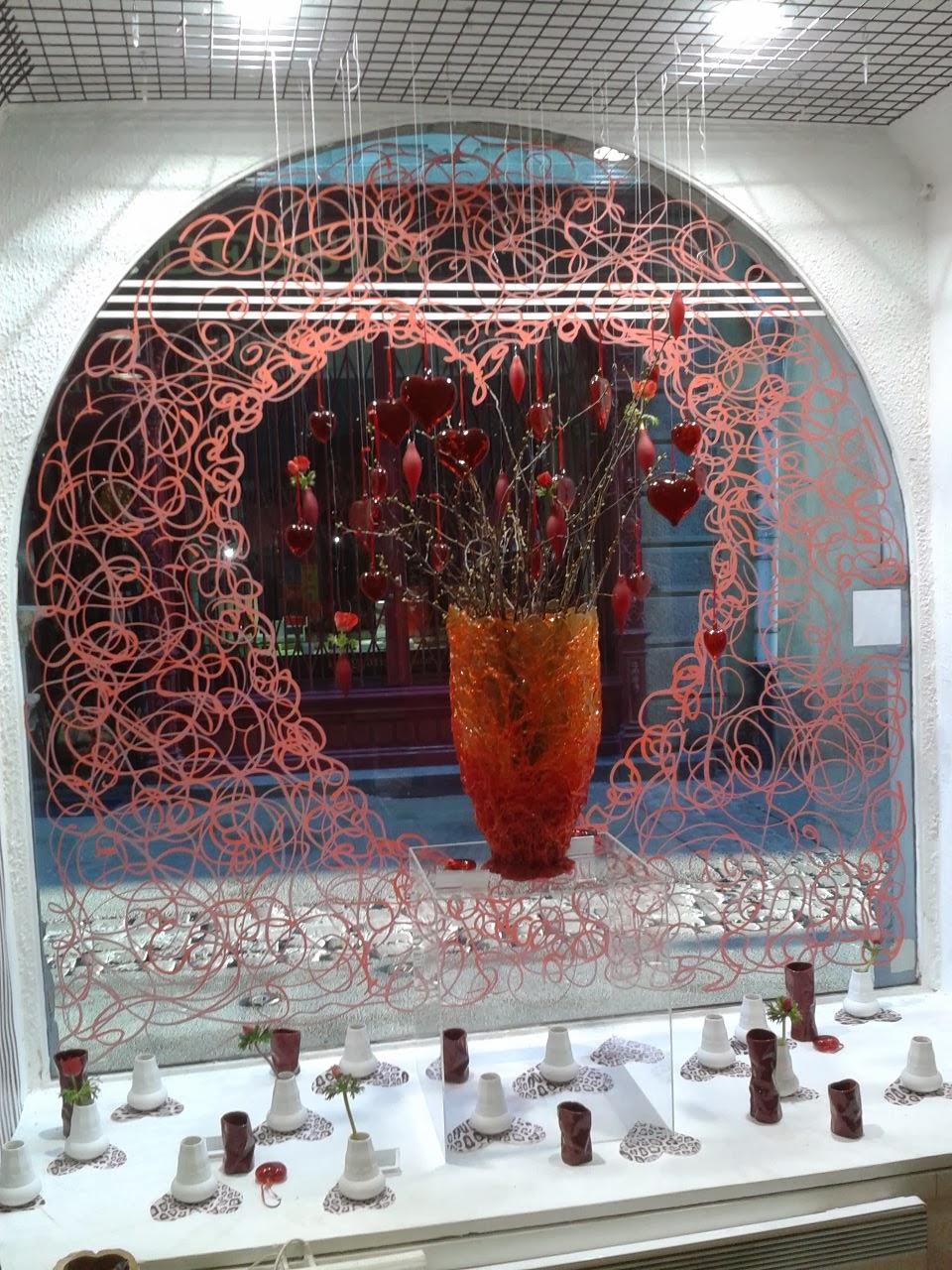 Home jasmin vitrine saint valentin 2014 - Deco vitrine saint valentin ...