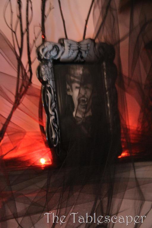 Halloween Mantel 066
