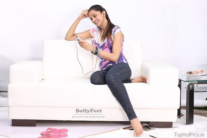 Deepika Padukone Sexy Unseen Pics 3