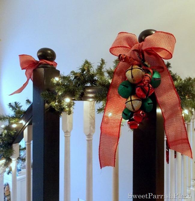 Christmas Banister3