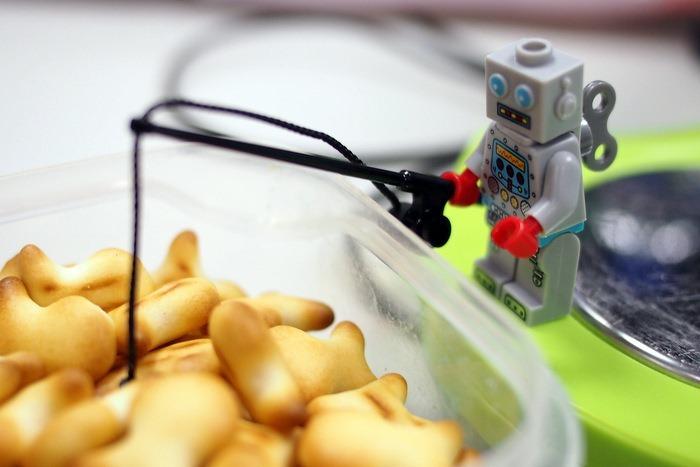 Mister Clockwork Robot Goes Fishing