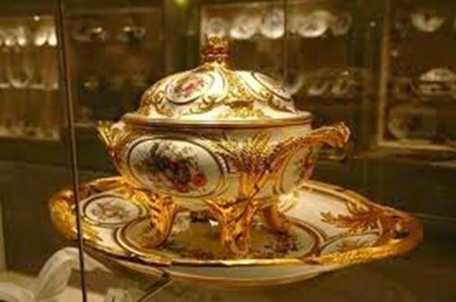 Vajilla colección imperial de Hofburg. Viena