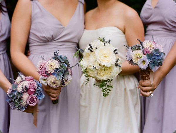 blue-lavender-bouquets-3 kelly oshiro design and beaux arts photographie