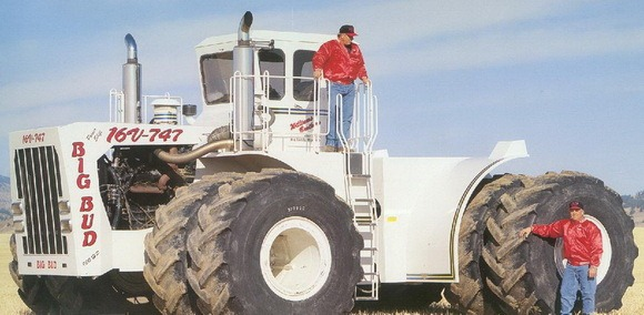 worlds-biggest-tractor