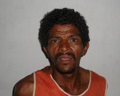 REINALDO SILVA LIMA (CAXIADO) vendedor de objetos roubado-28-07-12 v.ildemar - Cópia