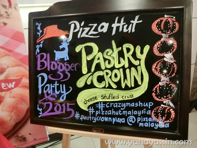 Pastry Crown Pizza Hut