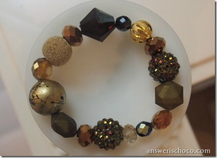 Gold and Black Mixed Bead Bracelet
