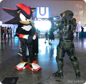 EB Expo 2012 - Cosplay -  Sonic Shadow Halo