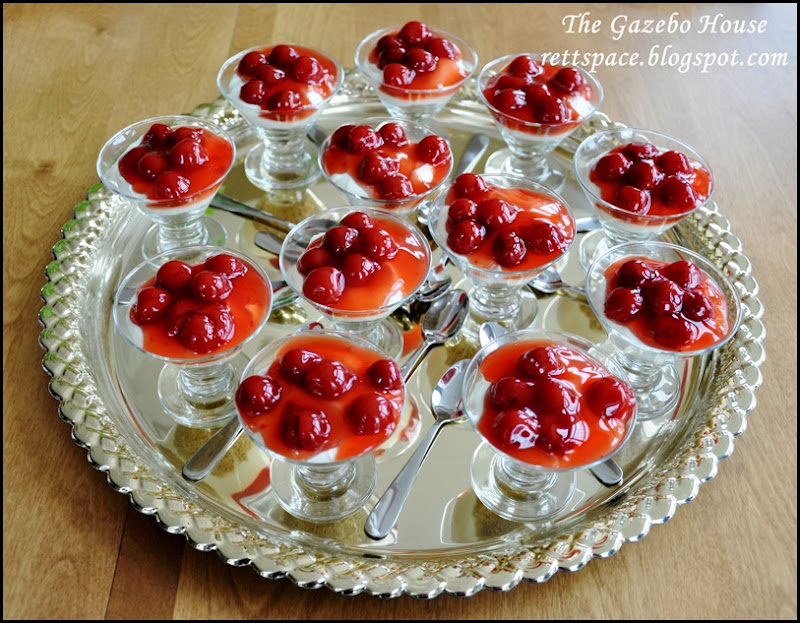 cherry cheesecake parfaits 010