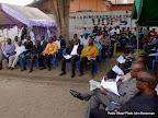 – Des membres de l'opposition Congolaise assistent, à la cérémonie d'hommage de deux  militants de l'UDPS tués lors d'une protestation dispersée par la police. Radio Okapi/ Ph. John Bompengo