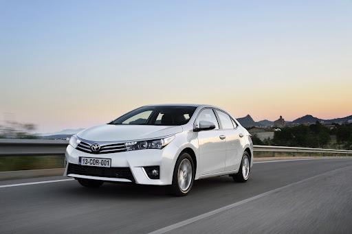2014-Toyota-Corolla-34.jpg