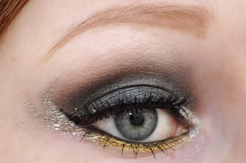 hunger games catching fire makeup girl on fire katniss everdeen eye makeup