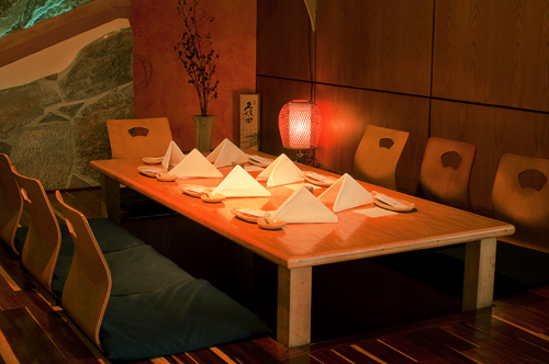 Our tatami room has traditional Japanese floor-seating for a party of six to ten people.