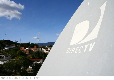 'Antena Directv' photo (c) 2007, Gustav´s - license: http://creativecommons.org/licenses/by-sa/2.0/