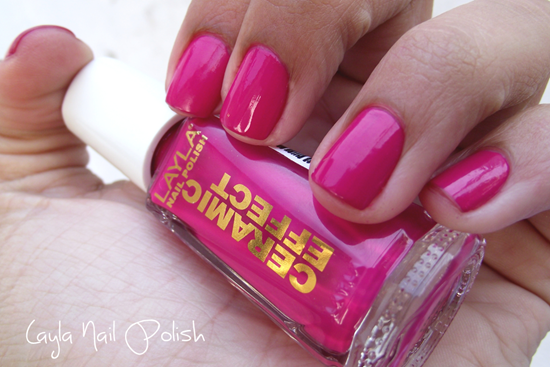 Swatche Layla Nail Polish CE09