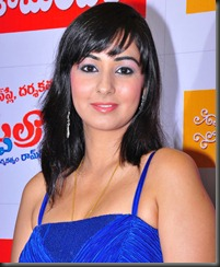 sakshi_gulati_closeup hot1