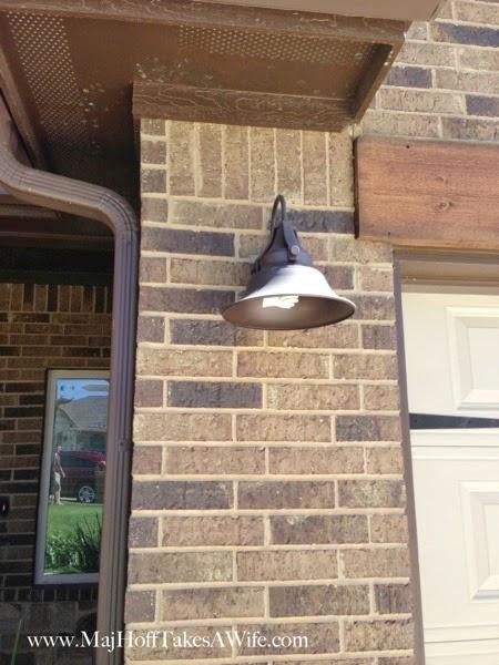 Standard Outside of Texas House Light fixture