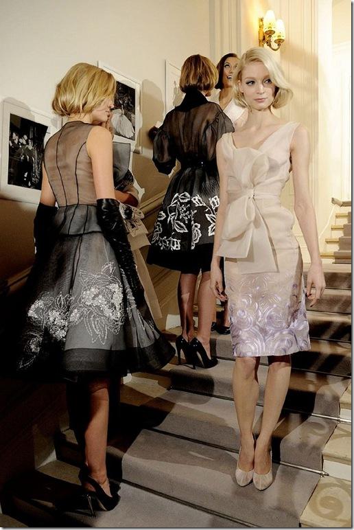 2012-ilkbahar-Yaz-Couture-Christian Dior-defile arkasi-25