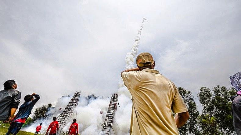 yasothon-rocket-festival-16