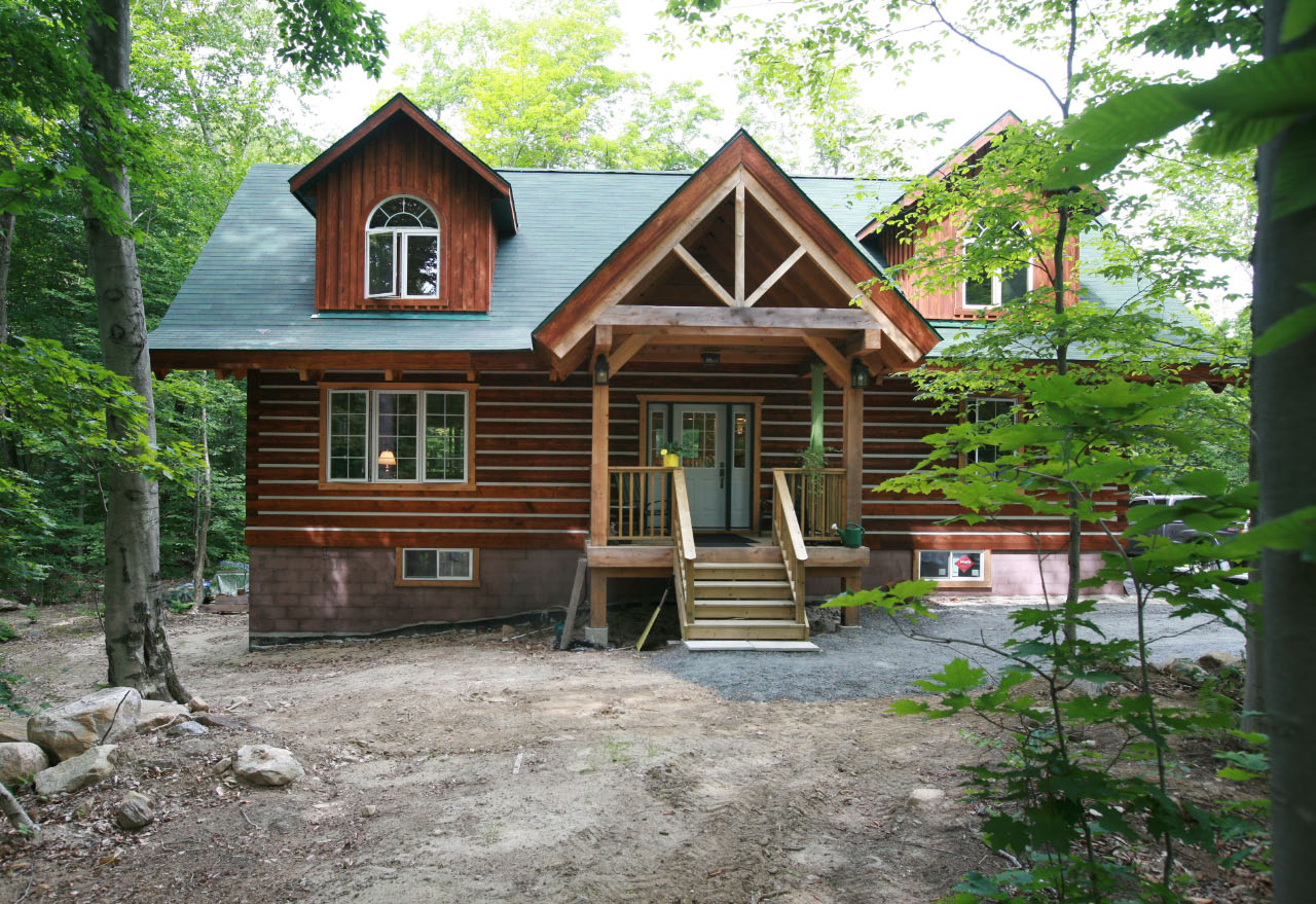 Affordable log homes cottages and cabins from vancouver for Gable log homes