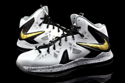 lebron10 ps elite white gold 62 web black The Showcase: Nike LeBron X P.S. Elite+ White & Gold