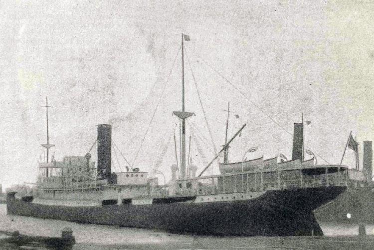 El vapor JOSE TAYA. Foto de muy baja calidad. Revista Catalunya Marítima. Año 1.919.jpg