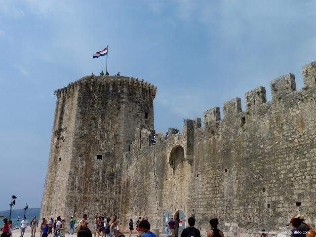castillo-fortaleza-carmelengo-trogir.JPG