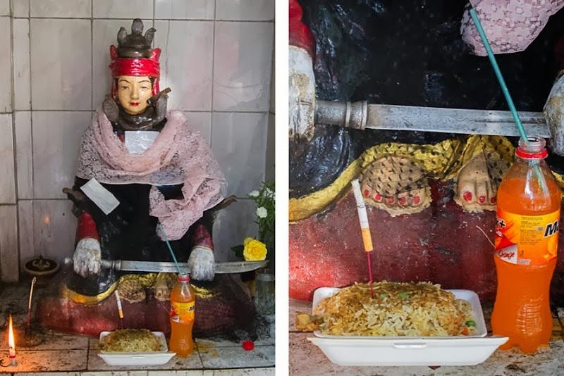 smoking drinking statues