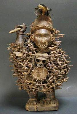 SIGIDISigidi ou Sugudu é divinizado como o pesadelo. O nome parece significar algo curto evultoso e o deus ou demônio e é representado por uma