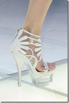 Versace_Spring_2012_Details_Wsv_Bpw_F0rv_Ml