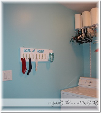 Laundry Room Lost & Found Sign After {A Sprinkle of This . . . . A Dash of That}