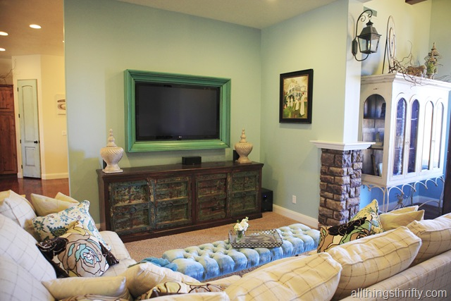 Ana White Tv Frame Tutorial Feature By All Things Thrifty Diy Projects