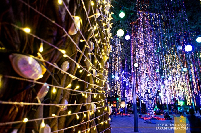 Ayala Enchanting Lights and Sounds Show 2012