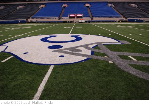 'Indianapolis Colts RCA Dome' photo (c) 2007, Josh Hallett - license: http://creativecommons.org/licenses/by-sa/2.0/