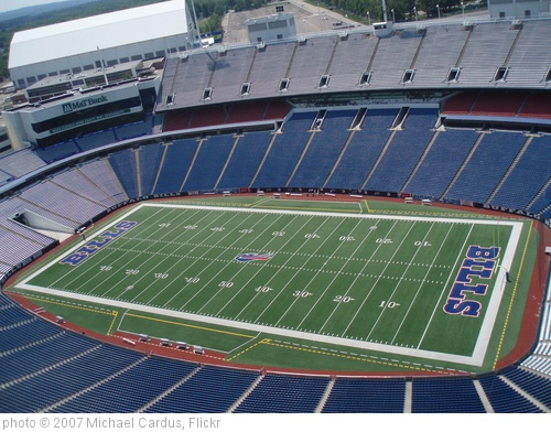 'Ralph Wilson Stadium, Buffalo Bills, Buffalo NY. Crane lift  (29)' photo (c) 2007, Michael Cardus - license: http://creativecommons.org/licenses/by/2.0/