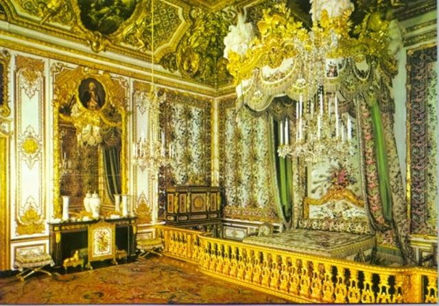 Os presento la habitación donde aposentaba su real efigie María Teresa de Austria o cualquiera de las otras esposas del monarca Luis XIV