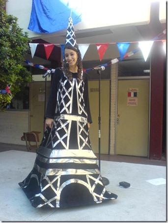 torre-eiffel-costume1