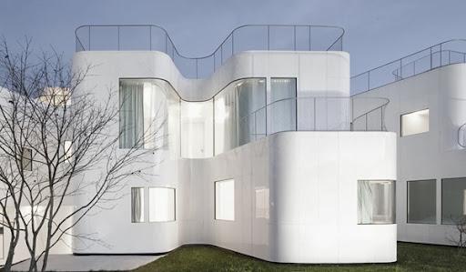 Casa V Minimalista Y Eficiente / Dosis Arquitectura, A Coruña