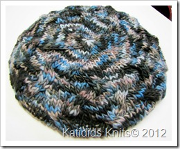 Cabled slouch hat 022
